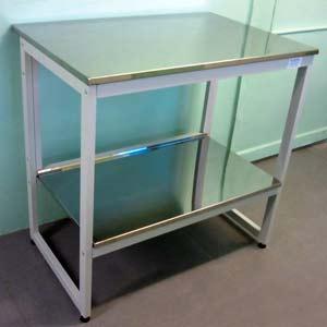Стол 1200 для чистых помещений с нижней полкой - NordLine